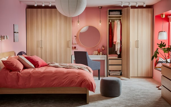 Armadio Camera Da Letto Ikea.Una Camera Da Letto Dai Colori Coordinati Ikea