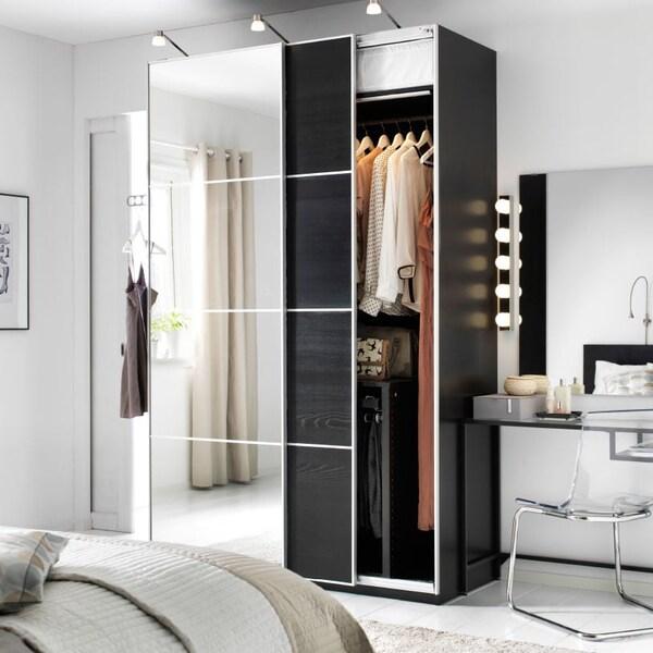 Stile moderno con vetro, legno e alluminio - IKEA