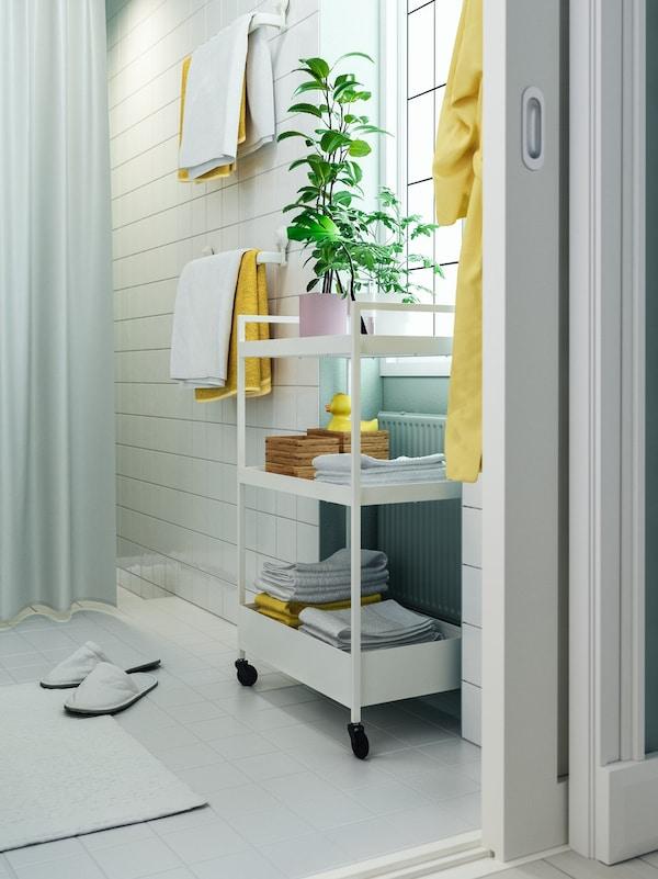 carritos auxiliares para baños