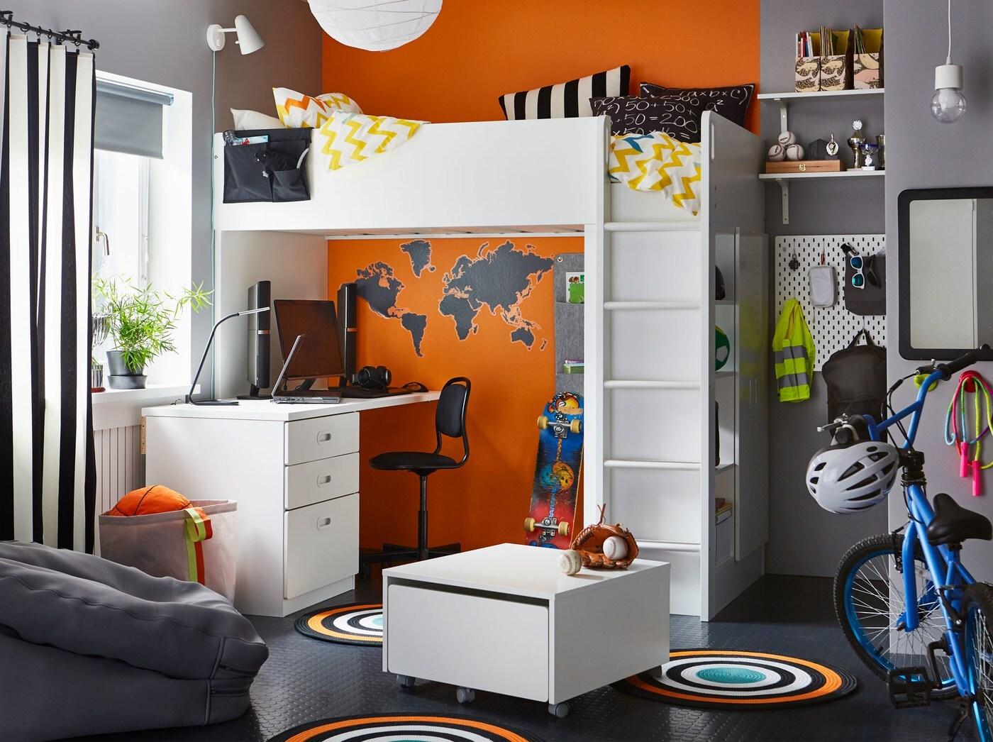 Chambre à Coucher De Pré Ado Noire, Grise, Orange Et Blanche, Avec