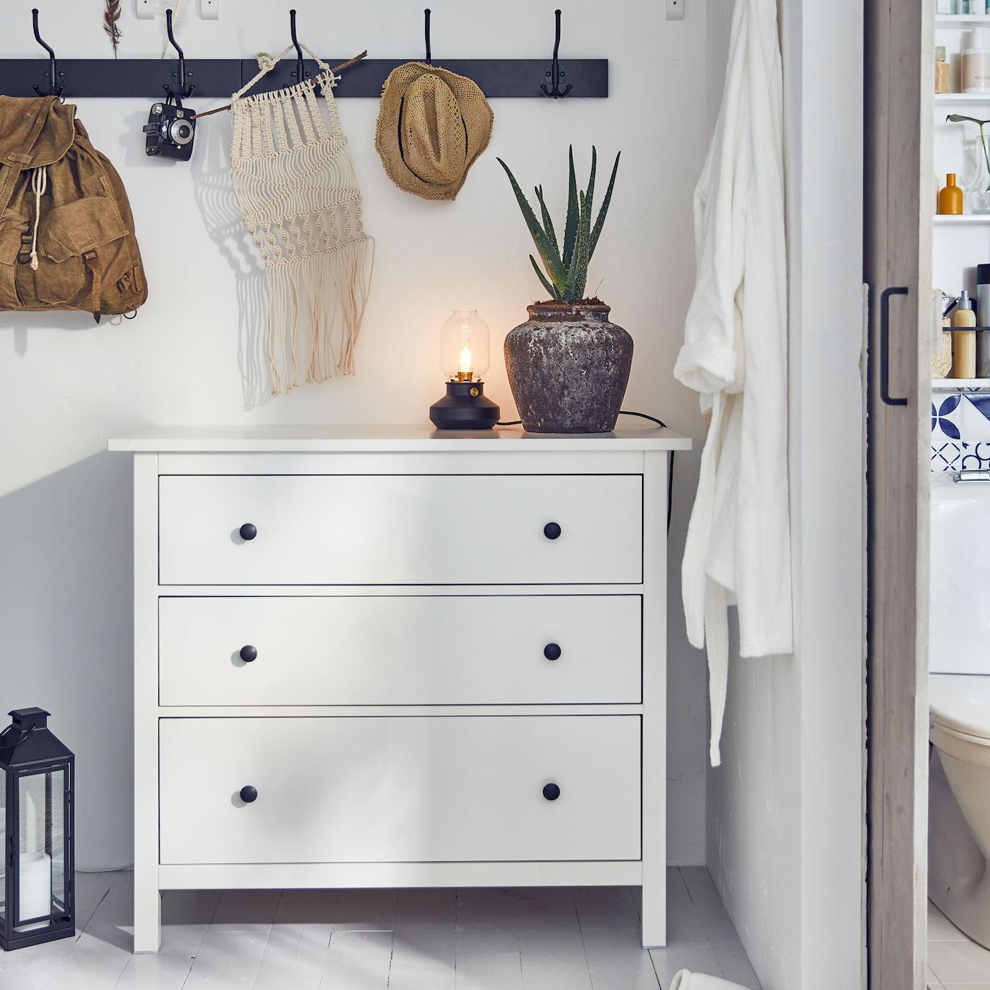 Chambre : HEMNES Notre Collection Intemporelle Aux Style Traditionnel Et  Champêtre IKEA