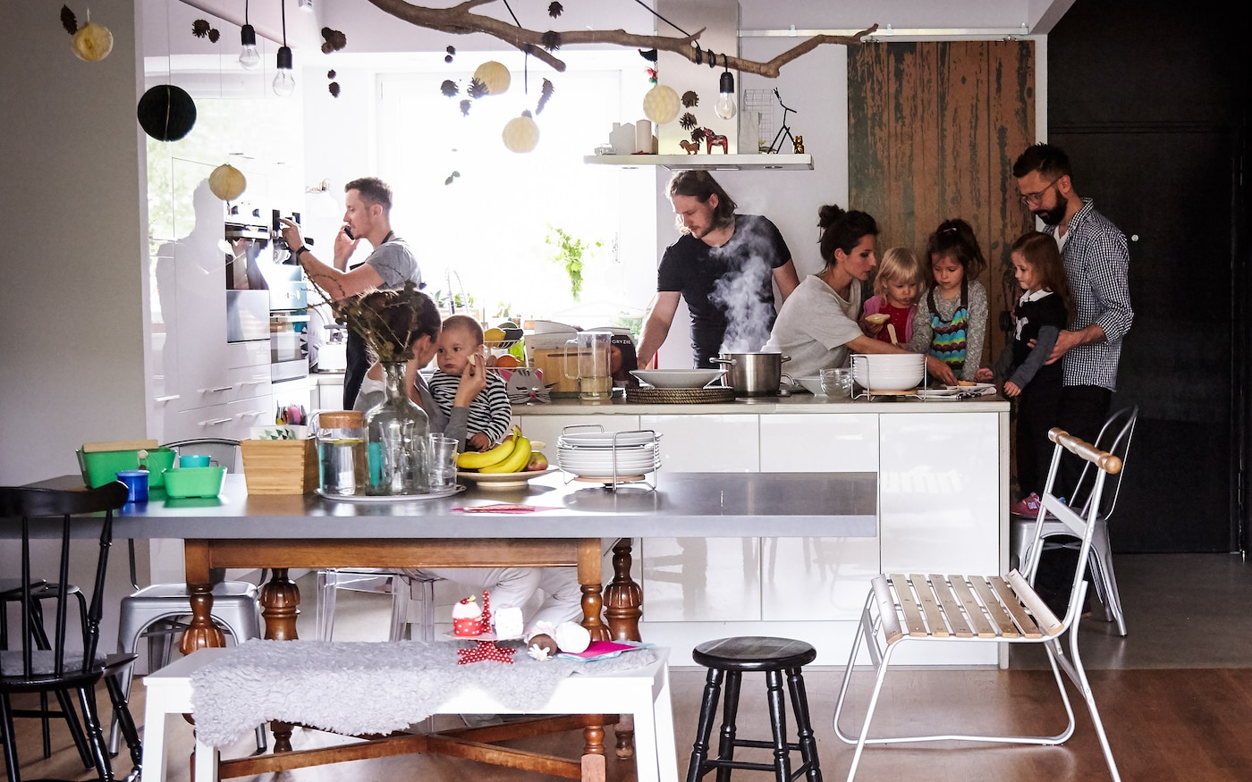 Changez la routine de vos repas avec des dîners cuisinés ensemble.