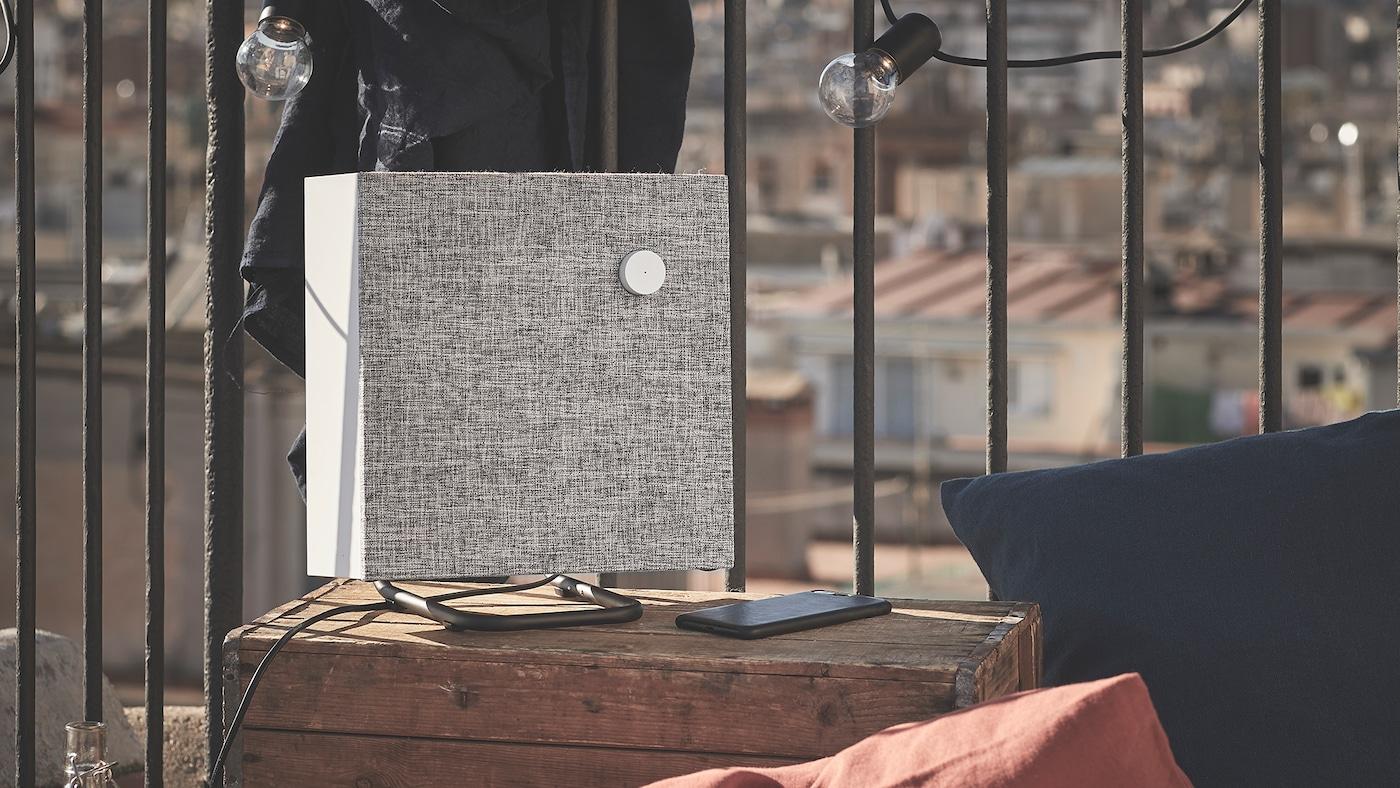 Coluna Bluetooth 30x30cm em branco