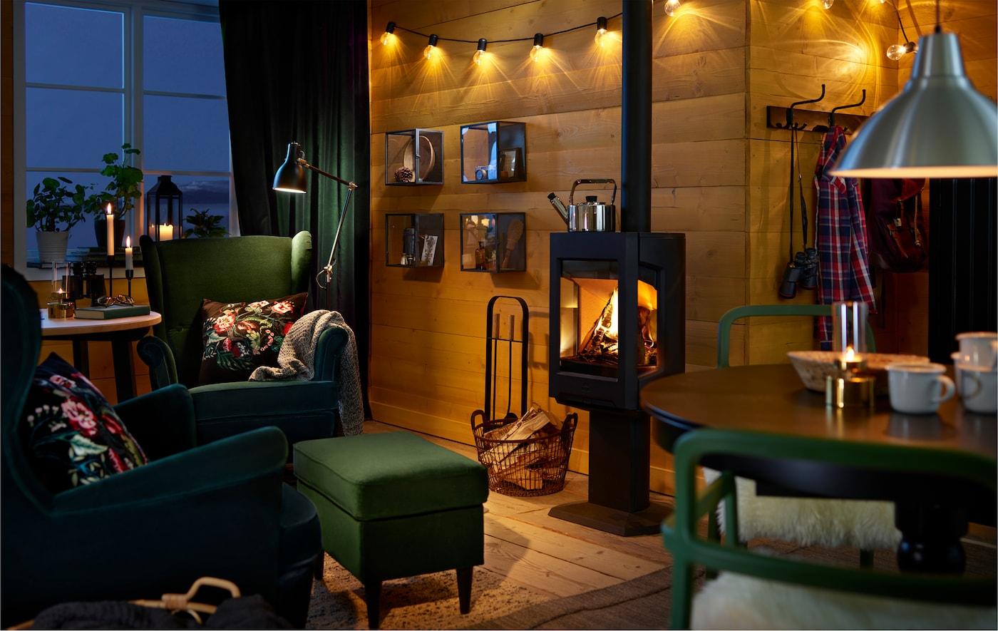 Convierte el invierno en la estación más acogedora con iluminación íntima y cálidas mantas para acurrucarse. Aquí hay algunas ideas.