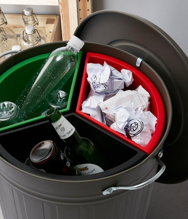 Cubos de reciclaje para espacios pequeños