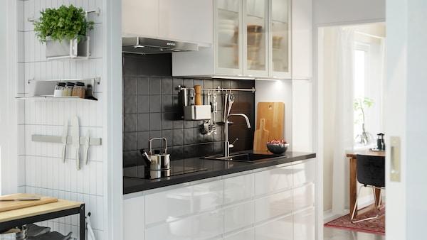 Ikea Accessori Interni Per Mobili Cucina.Cucina Voxtorp Bianco Lucido Minimalista Ed Elegante Ikea It