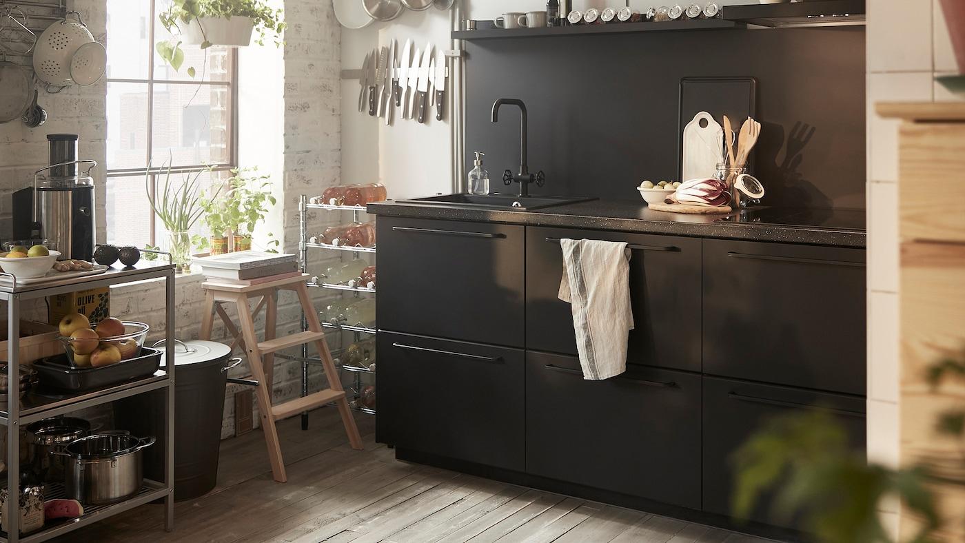 cuisine-KUNGSBACKA-noire