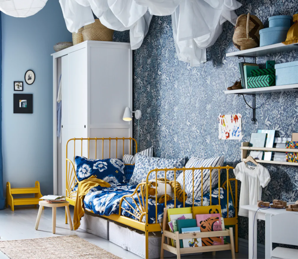 Udobna dječja soba u spavaćoj sobi