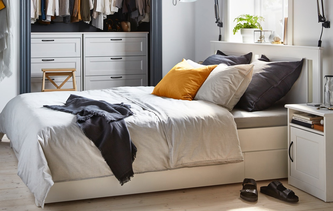 IKEA SONGESAND bedroom set, bed, drawer chest and bedside tables