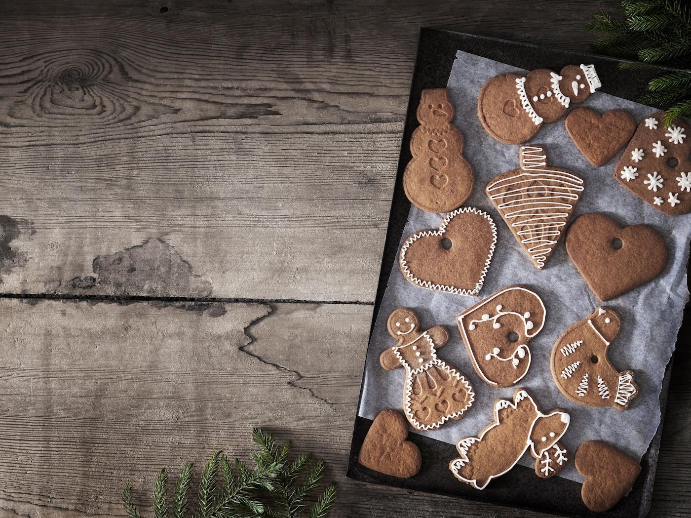 Decorar galletas de jengibre de Navidad