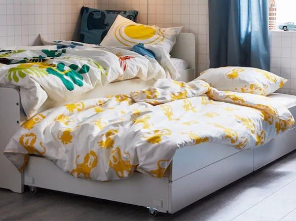 Decorar una habitación juvenil con camas nido para sus compis