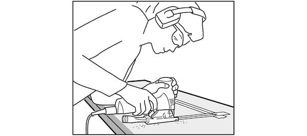 Découpe du plan de travail pour évier IKEA