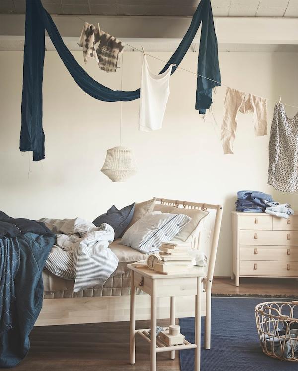 Design Scandinavo Camera Da Letto.Collezione Bjorksnas Per La Camera Da Letto Ikea It