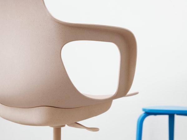 Silla Escritorio Juvenil Ikea.Una Silla Giratoria Para Escritorios O Mesas De Comed Ikea