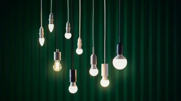 Diferentes lámpadas solhetta suspendidas