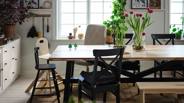 Dining chairs with individuality.