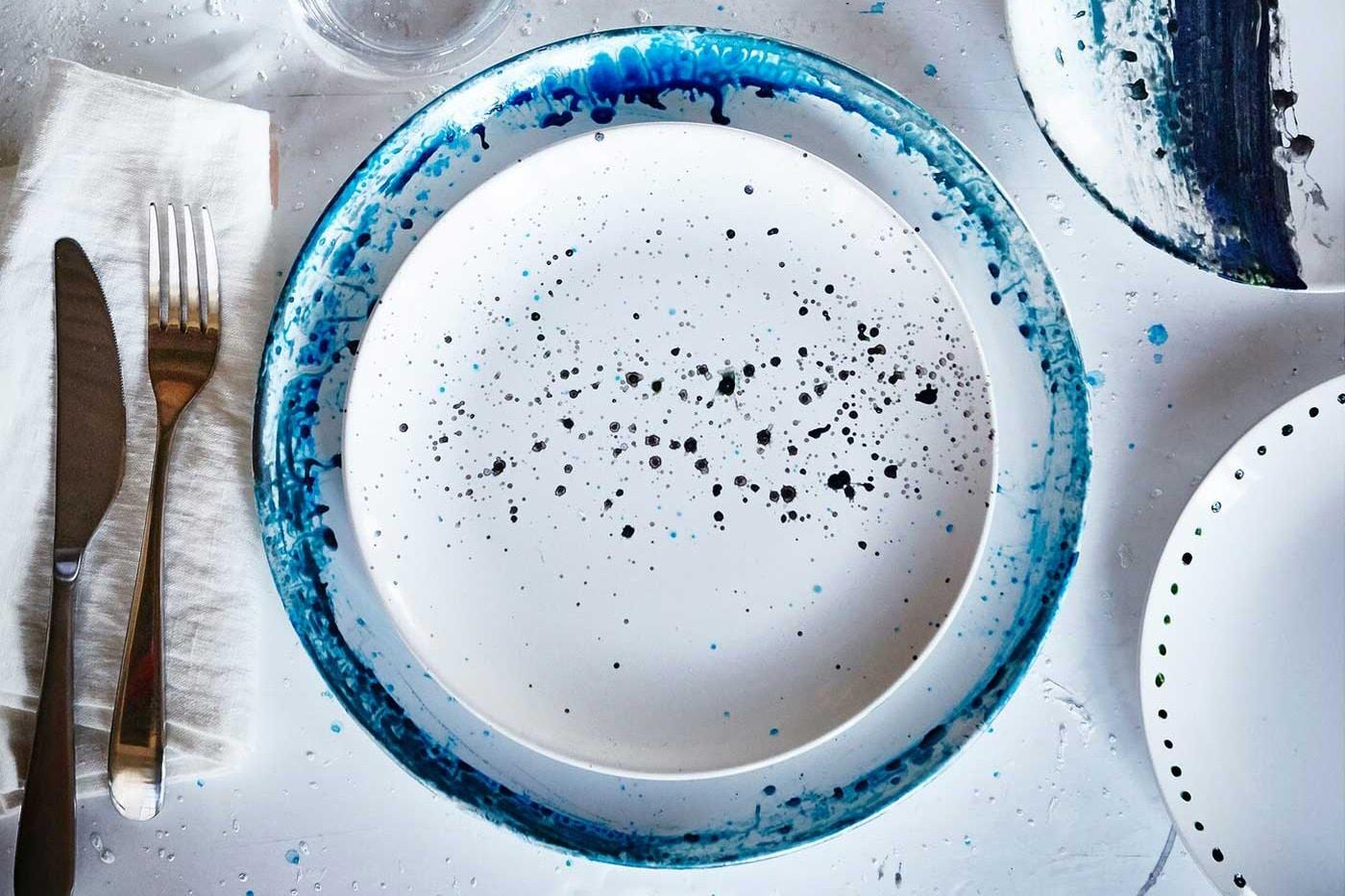 DIY: painting plates