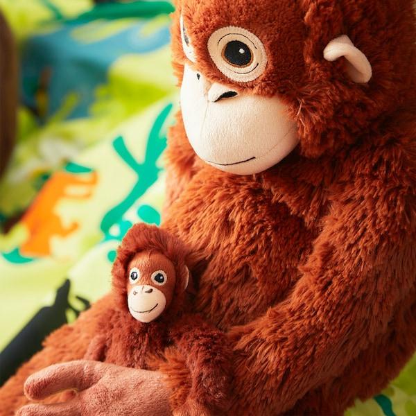 DJUNGELSKOG Plyšová hračka, orangutan.