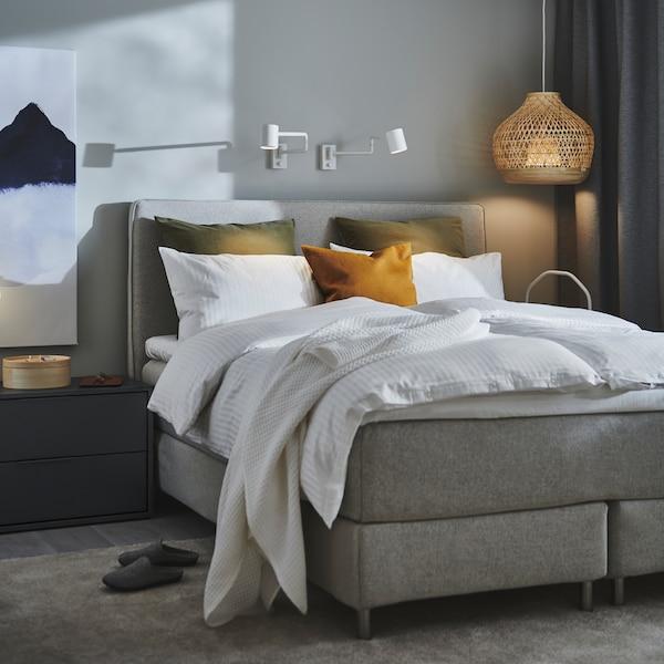 دليل يحتوي على نصائح حول الأسرة بدون لوح قدم لمساعدتك في اختيار أفضل سرير لك.