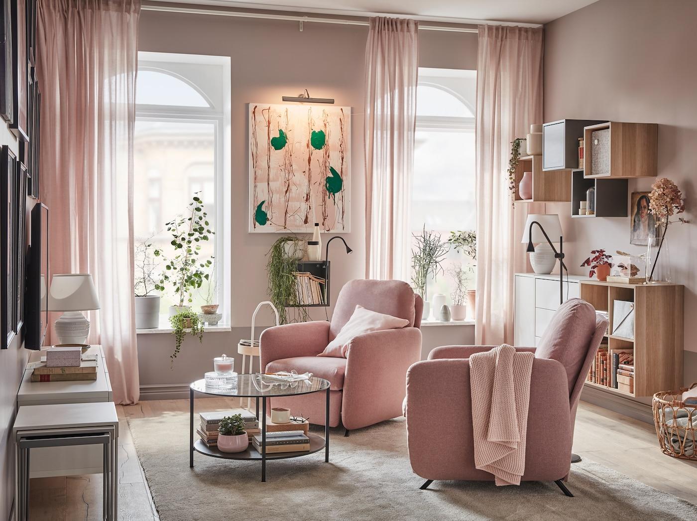 Mala i otmena dnevna soba za dvoje IKEA