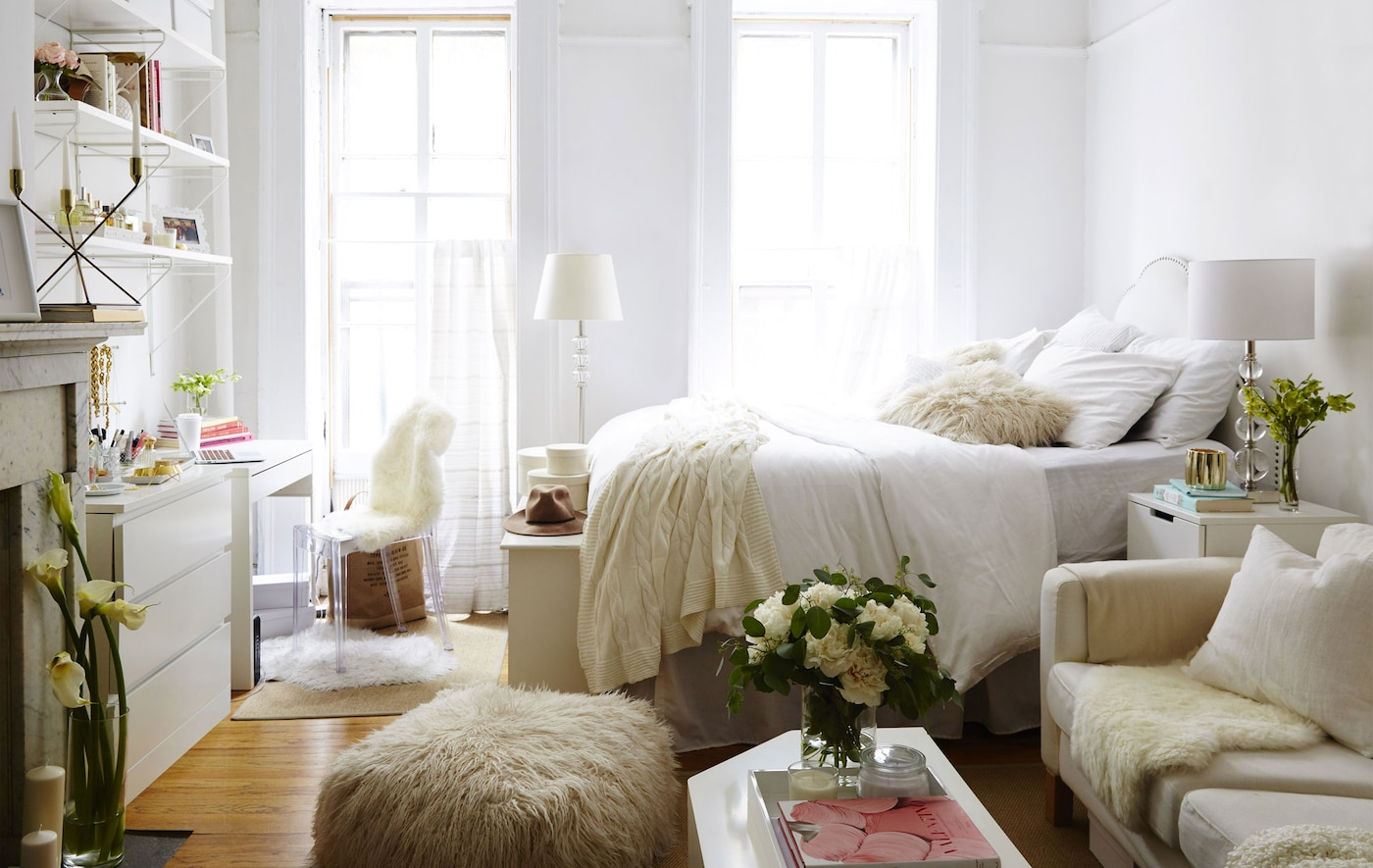 Dria's one-room apartment in New York