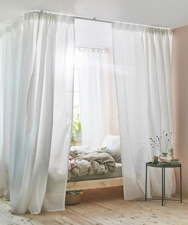 gardinen im schlafzimmer leicht gemacht ikea. Black Bedroom Furniture Sets. Home Design Ideas