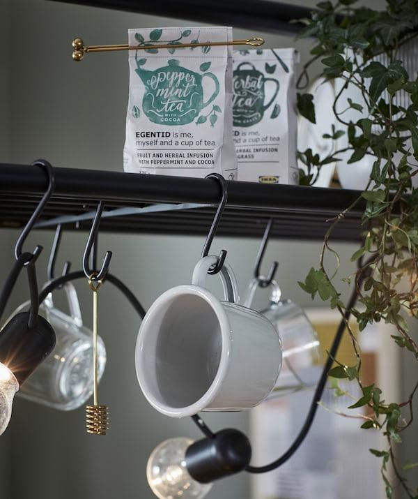 È l'ora del tè? Tutto il necessario è a portata di mano sull'isola VADHOLMA - IKEA
