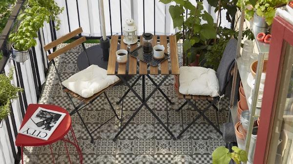 Jusqu'à 20% de réduction* sur les meubles de salle à manger pour extérieur