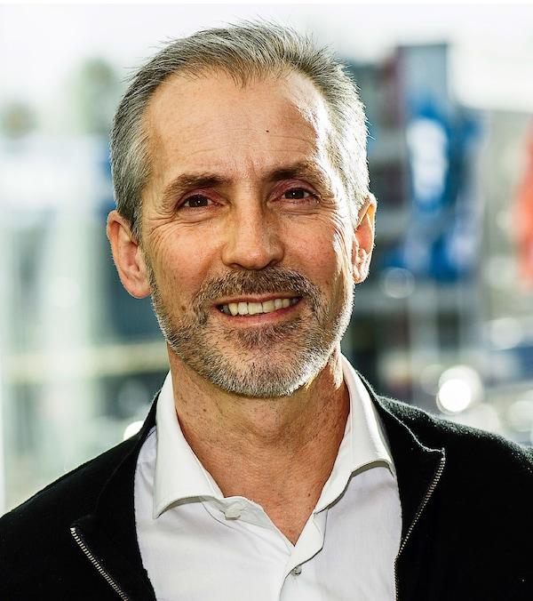 Een foto van Torbjörn Lööf, CEO van de Inter IKEA Group, die het voortouw neemt in onze overstap naar een circulair bedrijf.