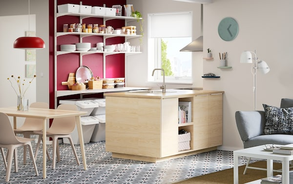Klein Schiereiland Keuken : Praktisch voor een kleine ruimte en prettig voor een klein budget ikea