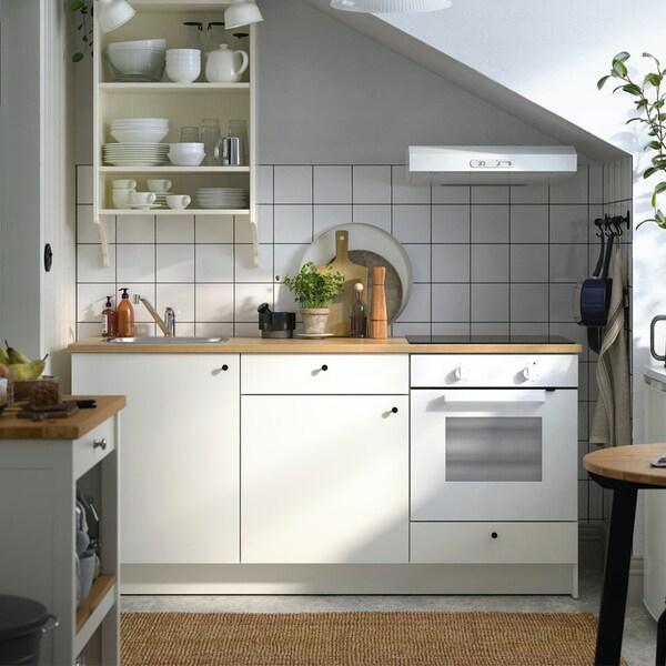 Een witte KNOXHULT keuken