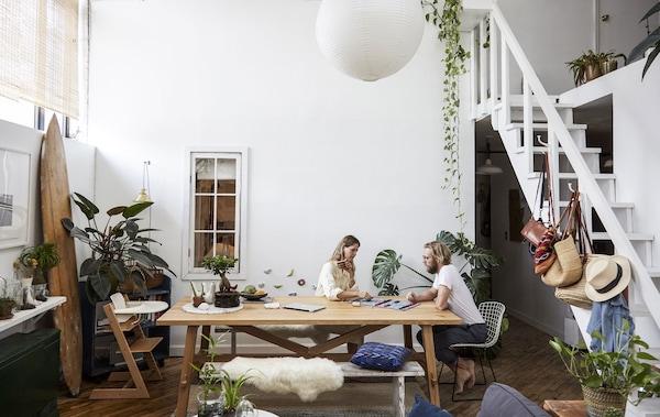 Ein Tisch für verschiedene Funktionen.