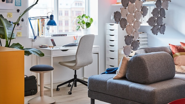 Eine Galerie neuer Homeoffice-Inspirationen und Büromöbeln
