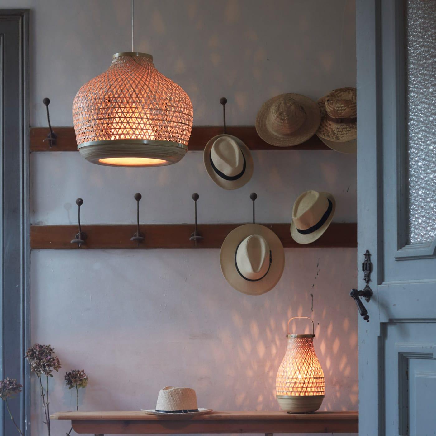 Entre lamper Stort udvalg af designer lamper til gang online