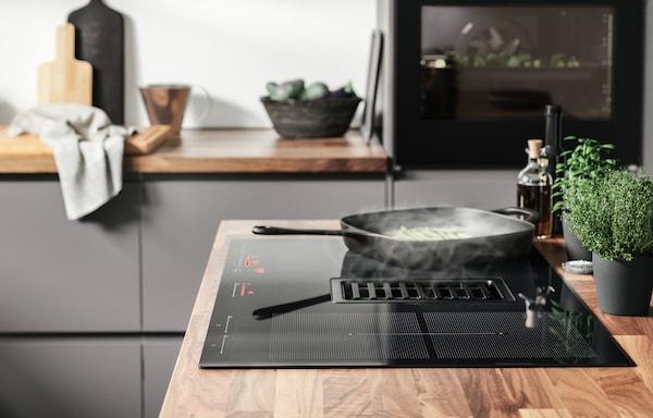 Energy-efficient induction hob