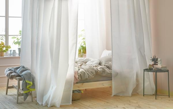 Gardinen im Schlafzimmer: mit VIGDA leicht gemacht - IKEA