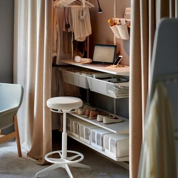 Espace de travail à la demande dans votre chambre