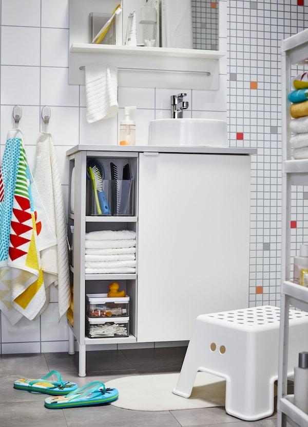 Une Salle De Bain Pour Les Enfants Et Les Invités Ikea