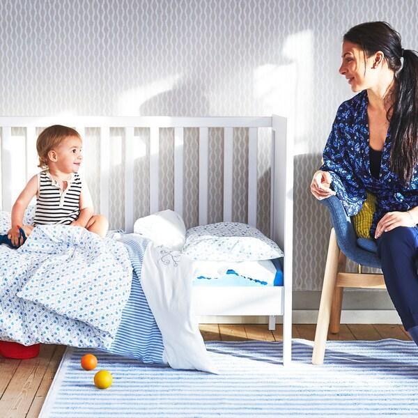 Essentiële tips voor nieuwe ouders met hun baby.