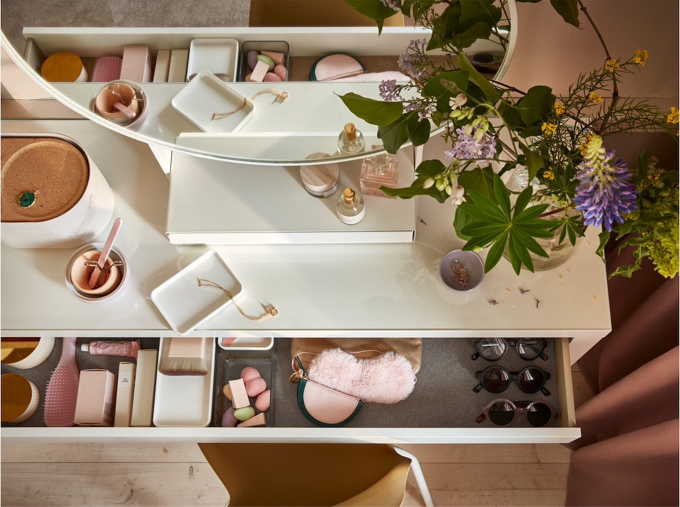 Et soverom hvor vakkert design og avslapning møtes IKEA