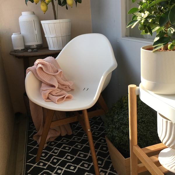 FANBYN Armlehnstuh für drinnen und draussen geeignet