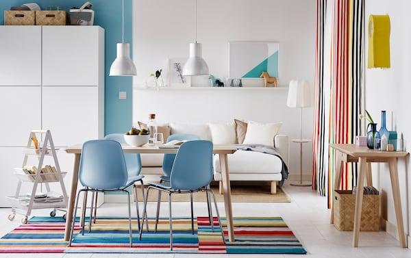 Skandinavischer stil  Farbenfroher klarer Essbereich im skandinavischen Stil - IKEA