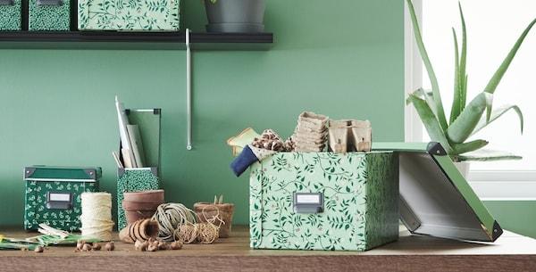 FJÄLLA Caja con tapa, verde claro, motivo de flores, 25x36x20 cm