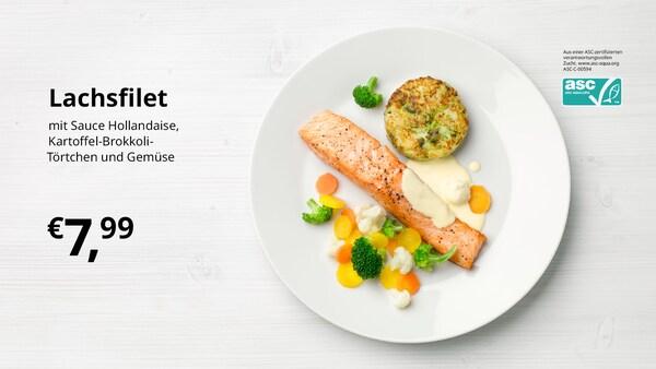 Fleischbällchen mit Kartoffelpüree, Erbsen, Rahmsauce und Preiselbeeren