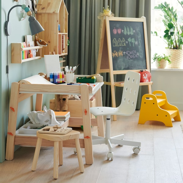 FLISAT children's desk