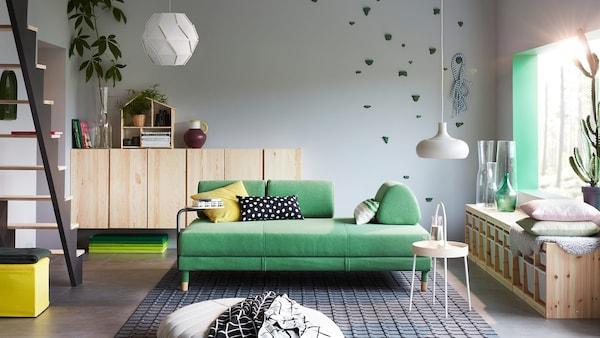 FLOTTEBO kolore berdeko ohe-sofa daukan egongela