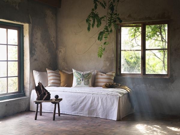 Forny hytta med farger og tekstiler.