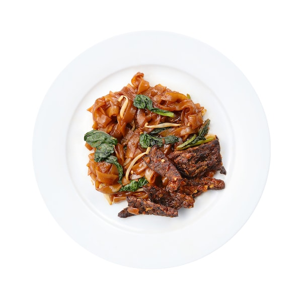 Fried Kway Teow with Sambal Beef Lungs