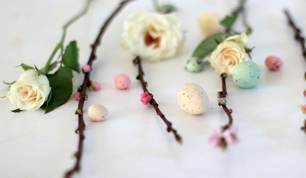 Frühlingsdekoration minimalistisch