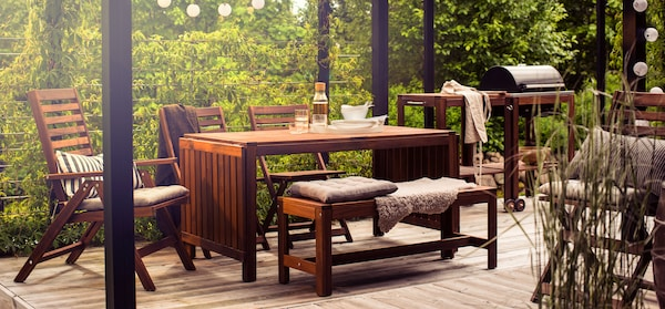 Gartenmöbel aus Holz